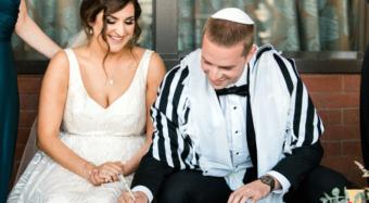 jewish wedding los angeles signing the ketubah
