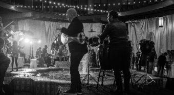 band playing and salsa dancers at the fall soiree wedding show at noor pasadena